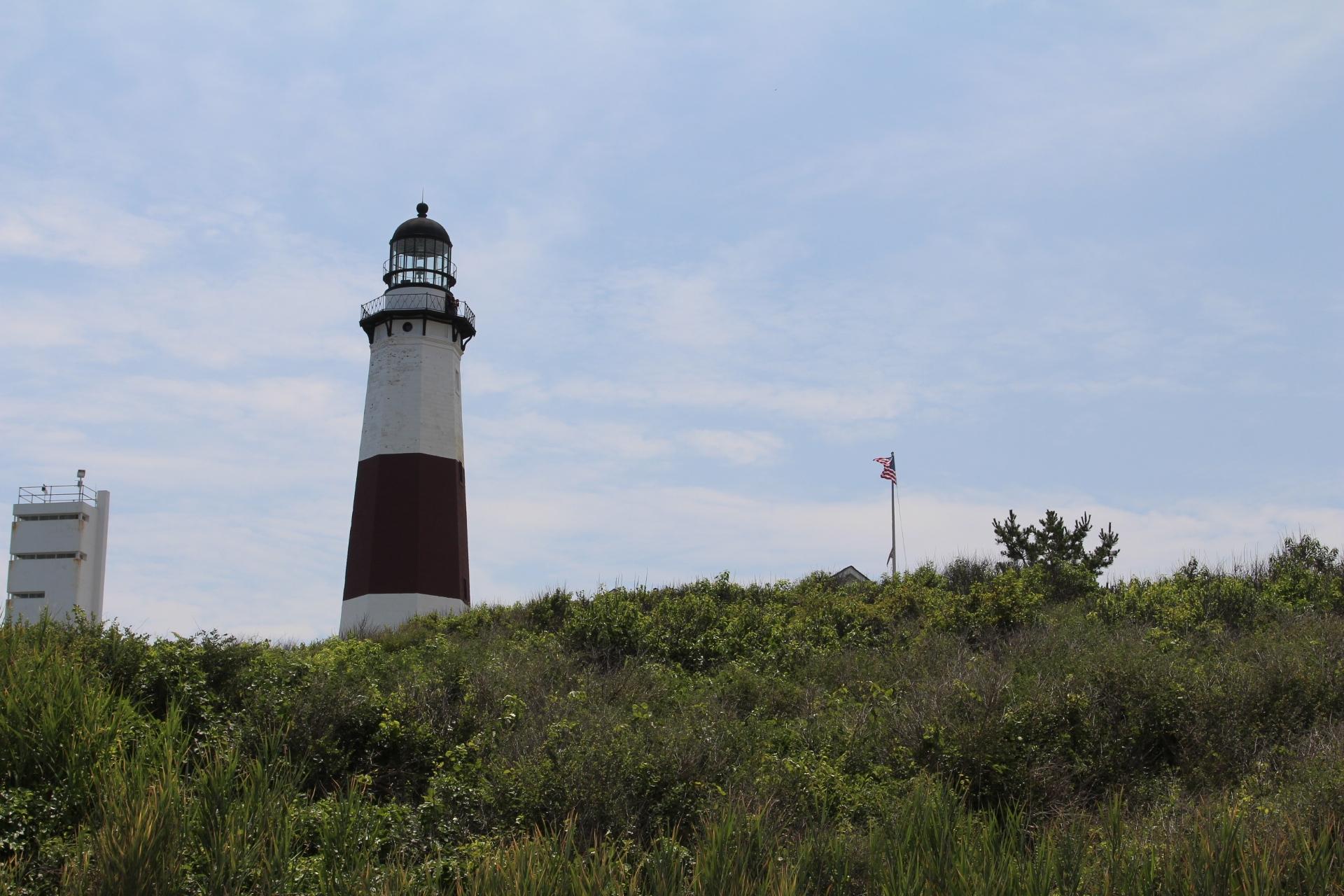 Momtauk Lighthouse on hill_4
