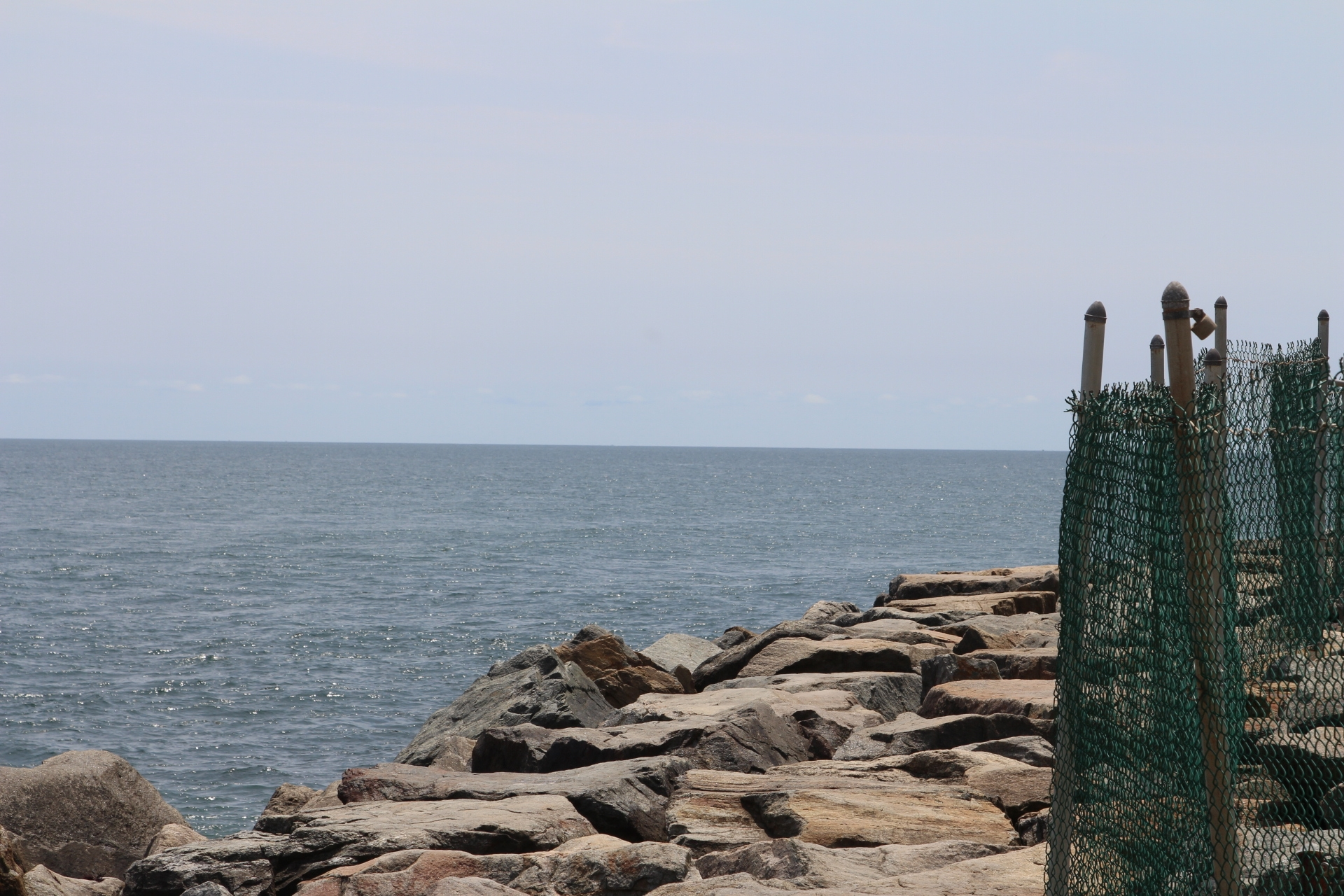 Rocks on shore_3