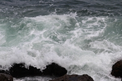 Rocks with waves_2